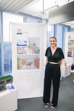 2017 Graduate Stephanie Vear